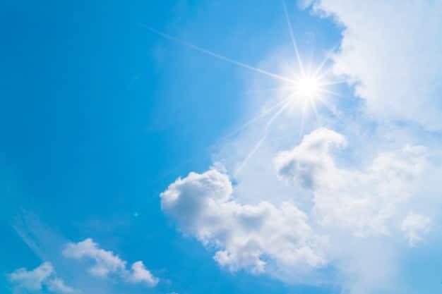 No mundo em que vivemos, ameaçado pelo efeito estufa e as mudanças climáticas, a energia solar é muito importante