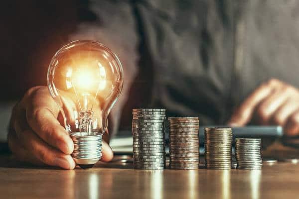 Como reduzir a conta de luz da sua casa