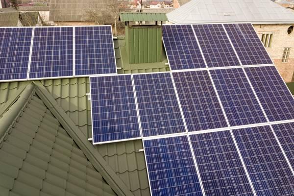 A energia solar é uma ótima alternativa de energia limpa e renovável