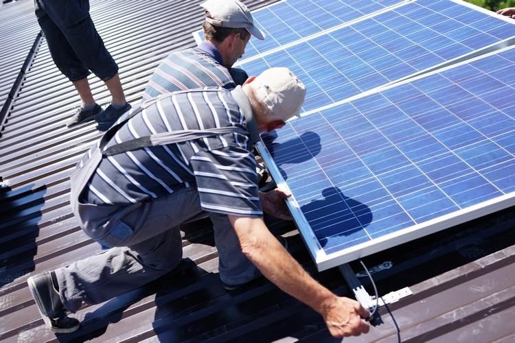 Veja os riscos do gerador de energia solar caseiro